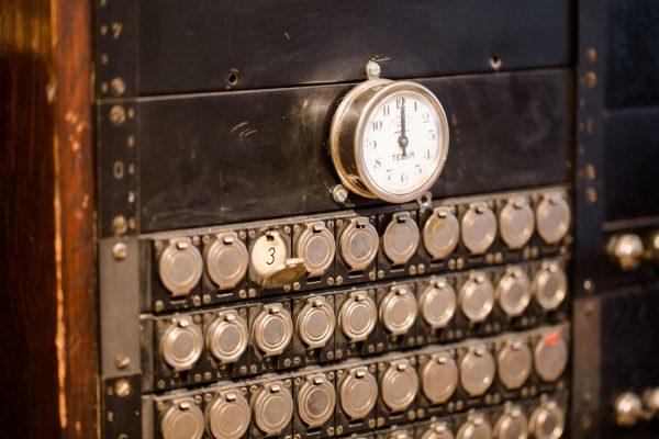 kuva vanhasta puhelinkeskuksesta
