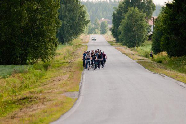 kuva pyöräilijöstä